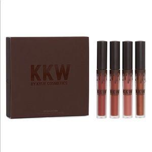 NWT KKW x KYLIE- Liquid Lipstick Set & Lip Liner